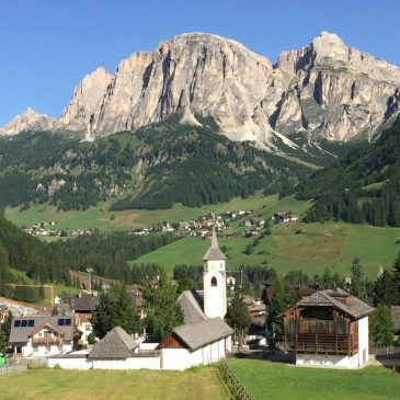 Five Reasons to Hike the Dolomites with the Colorado Mountain Club